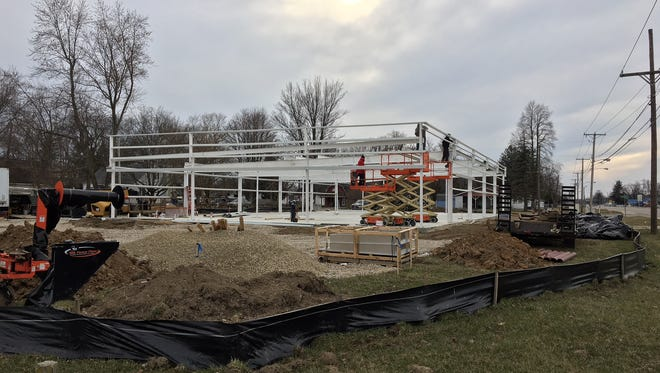 Dollar General under construction along Ind. 32 at Stockport Road in Yorktown.