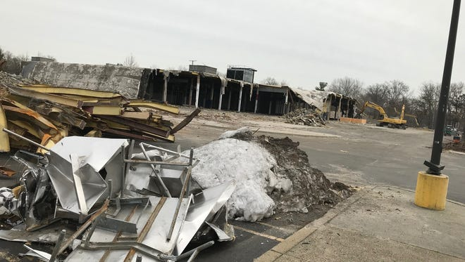 The Sears in Watchung, a landmark on Route 22 for a half-century, was demolished in 2017. A revised $4.4 billion deal may save 425 remaining Sears and Kmart stores, including three in Central Jersey.