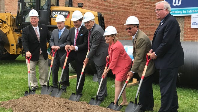 Middlesex Water Company broke ground Thursday on an underground water transmission main that will be from Edison to Metuchen.