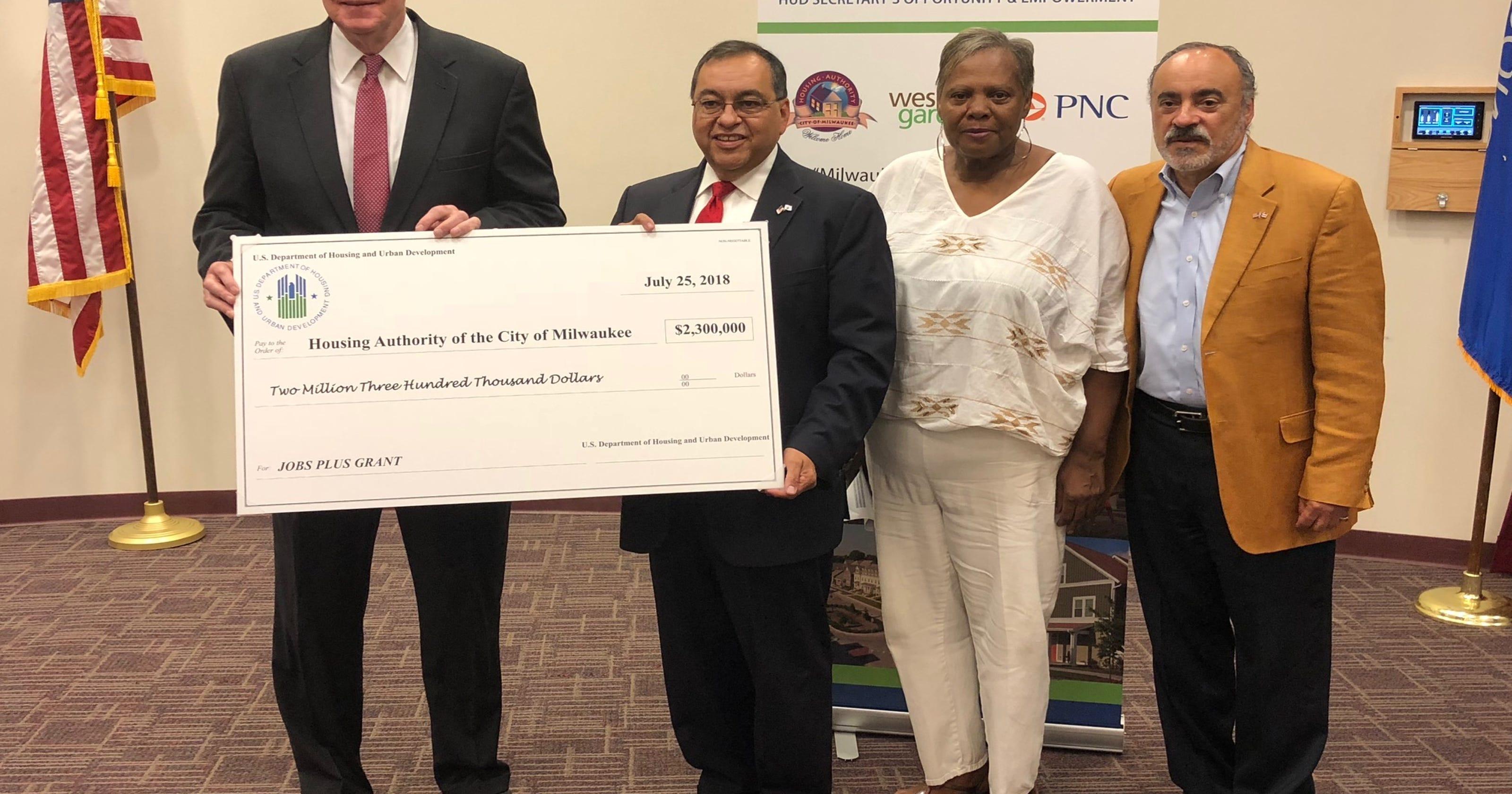 HUD awards $2 3 million to Milwaukee public housing authority