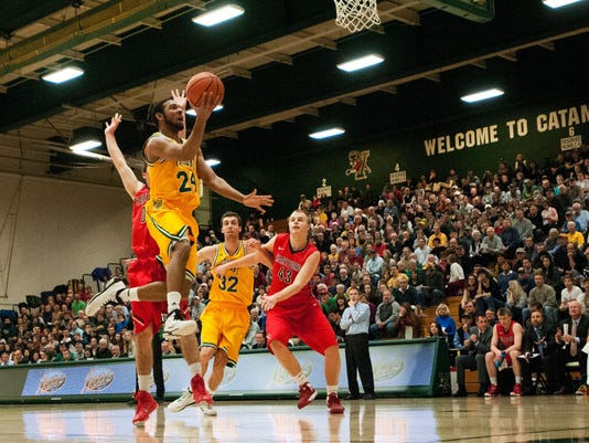 Hartford vs. Vermont men's basketball 12/03/14