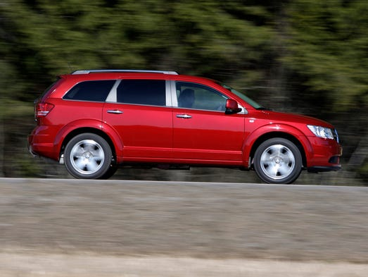 'Consumer Reports' picks the 10 worst new cars by category