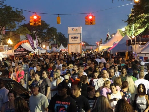 Crowds filled Washington Ave during the Arts, Beats