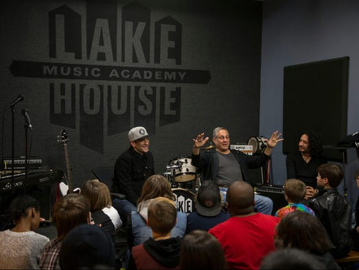 Mighty max weinberg visits the lakehouse in asbury park for Jersey house music