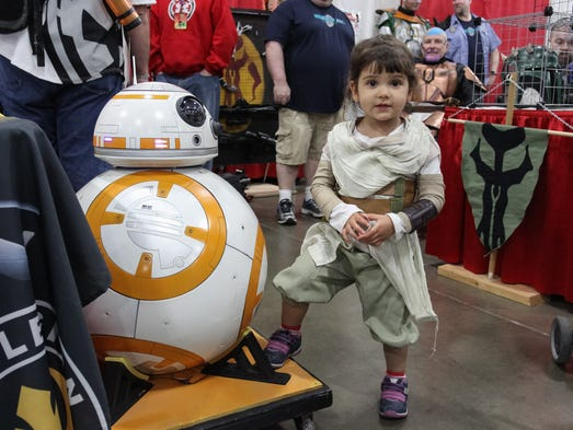 A 39 star wars 39 proposal at motor city comic con for Motor city carpet and flooring