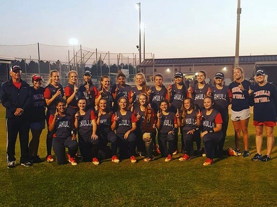 Wakulla's softball team won a second straight District 2-6A title on Wednesday.