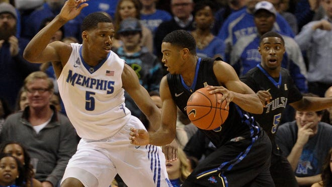 Former Memphis Tigers guard/forward Nick King (5) committed to the Blue Raiders last week.