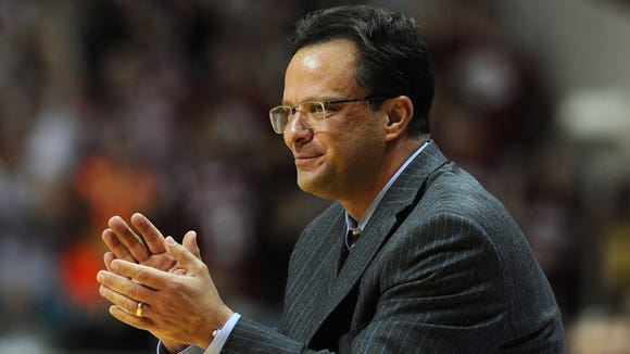 Indiana head coach Tom Crean during the game against Wisconsin inside Assembly Hall, January 14, 2014, in Bloomington.
