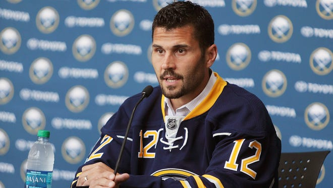The Buffalo Sabres signed veteran free agent forward Brian Gionta to a three-year contract.
