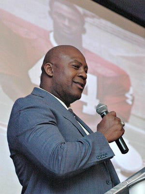 Leonard Bell, a former Jefferson star running back and all-Big Ten defensive back at Indiana, talks about the importance of community overcoming racism as he was inducted into the Rockford Public Schools Athletic Hall of Fame in 2017.