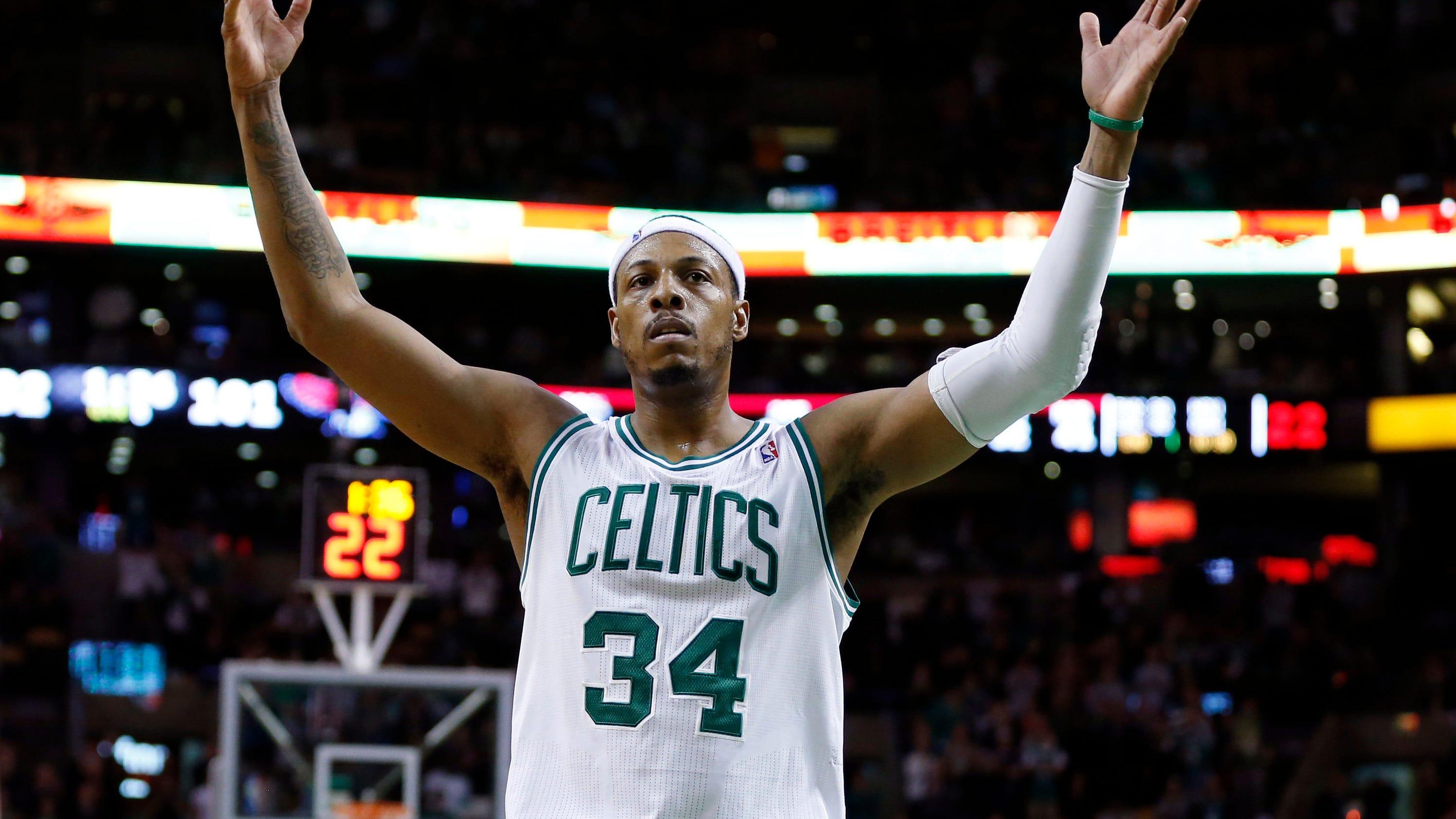 Ap_celtics_pierce_number_basketball_93144631