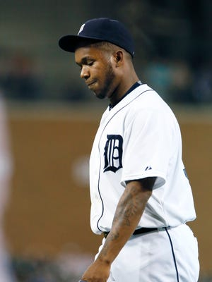 Pitcher Neftali Feliz #39 of the Detroit Tigers walks off the field after giving up one run and two hits to the Chicago White Sox during the ninth inning at Comerica Park on September 22, 2015 in Detroit, Michigan.