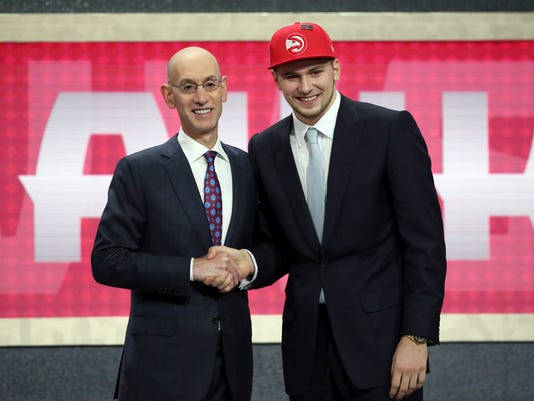 NBA_Draft_Basketball_90155.jpg
