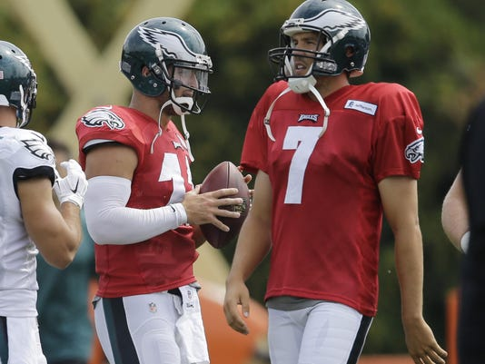 Sam Bradford, Tim Tebow
