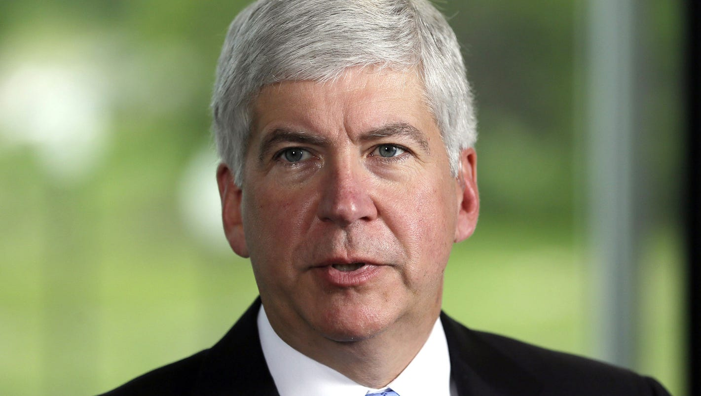 Gov. Snyder stepped up charitable donations in 2016, giving 42% of his income to charity