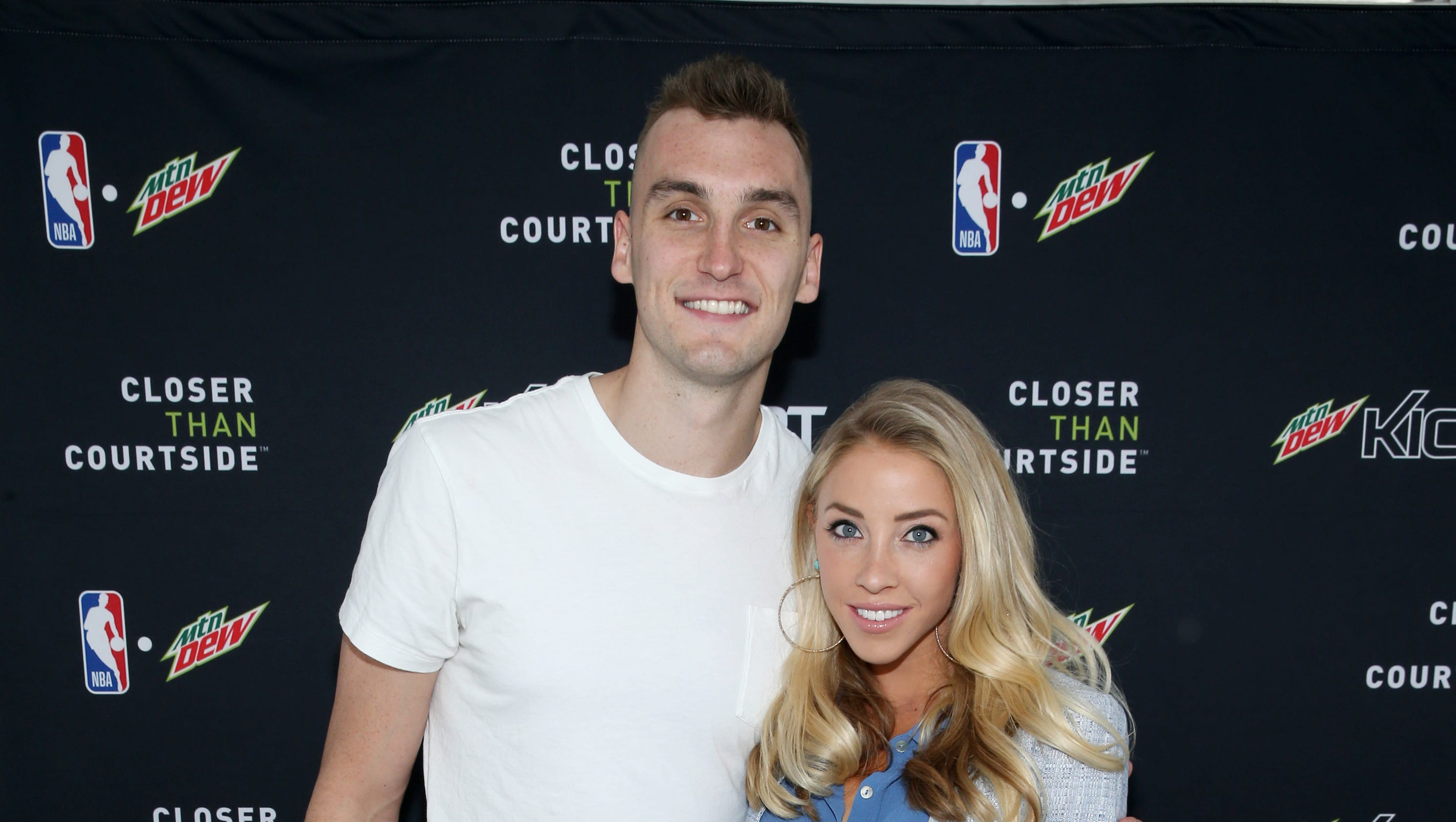 Sam Dekker Olivia Harlan Ask For Charity Donations