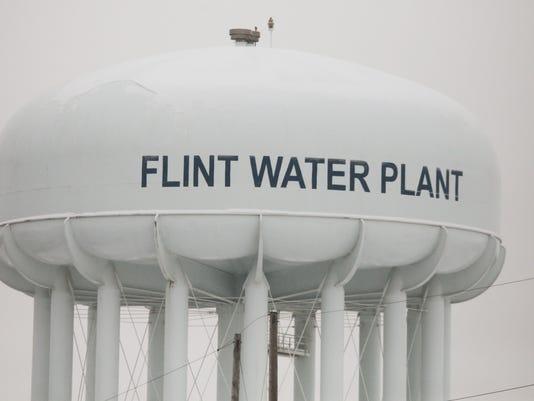 636220620682689828-Flint-water-012215-flint-water-issues-rg-08.jpg