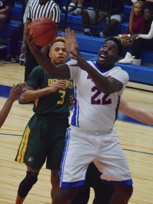 Louisiana College's Raheem Regis (22) looks to score against Belhaven.