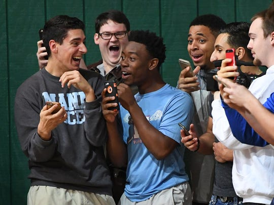 Fans react after Spartanburg Day's Zion Williamson