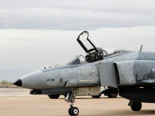 An F-4 Phantom II taxis down the runway at Holloman