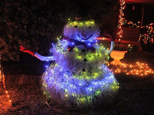 Tumbleweed Snowman 1