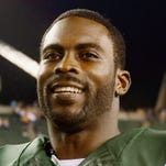 Quarterback Michael Vick has signed a one-year deal with the Pittsburgh Steelers.