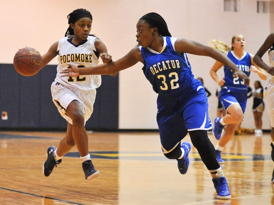 Pocomoke's Shayla Jones brings the ball down the court against Stephen Decatur's Dayona Godwin during the matchup on Wednesday, January 26th at Pocomoke High School.  Megan Raymond Photo