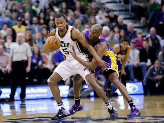 Kobe Bryant, Rodney Hood
