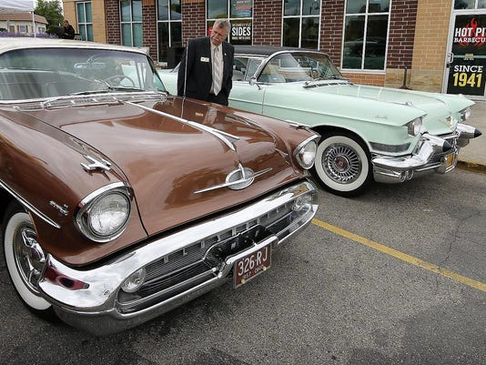 Weekly Car Show Ignites In New Berlin - Weekly car shows near me