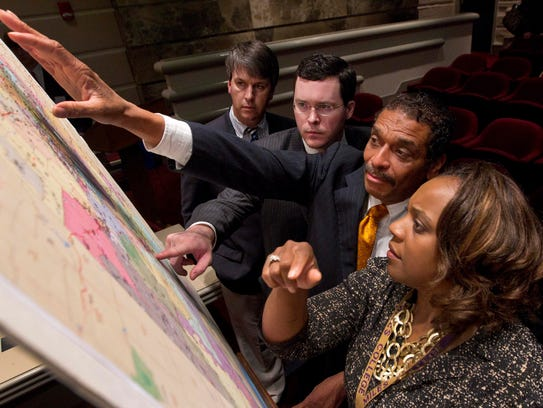 Alabama lawmakers studying proposed election maps in