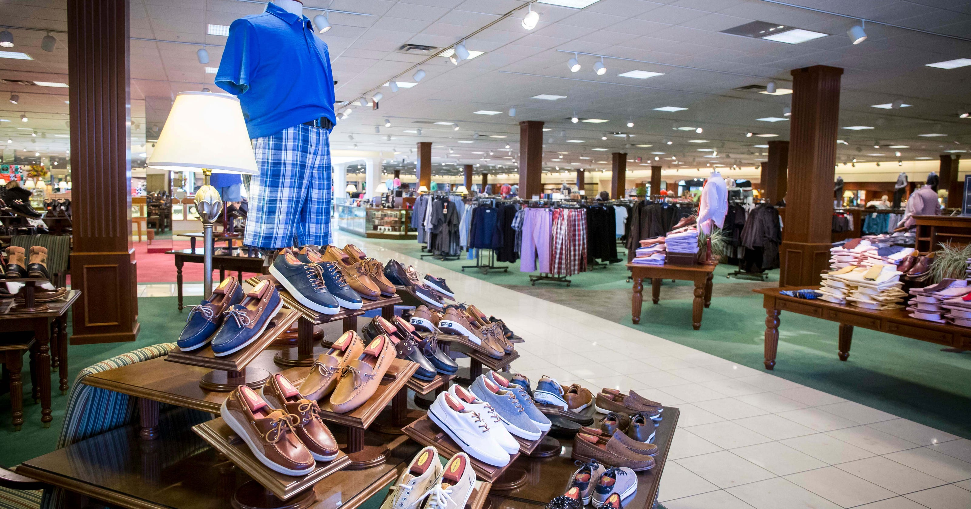 ccac09eb4cb Von Maur bucks retail trend, plans new store at Jordan Creek mall