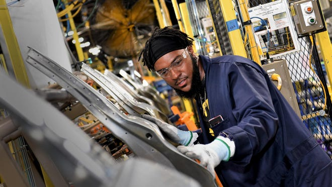 With USMCA, manufacturing workers will benefit nationwide, Mark Costa and Gary Williams write.