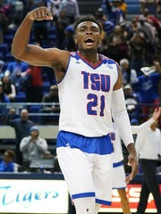 Christian Mekowulu of Tennessee State during the 2017-18