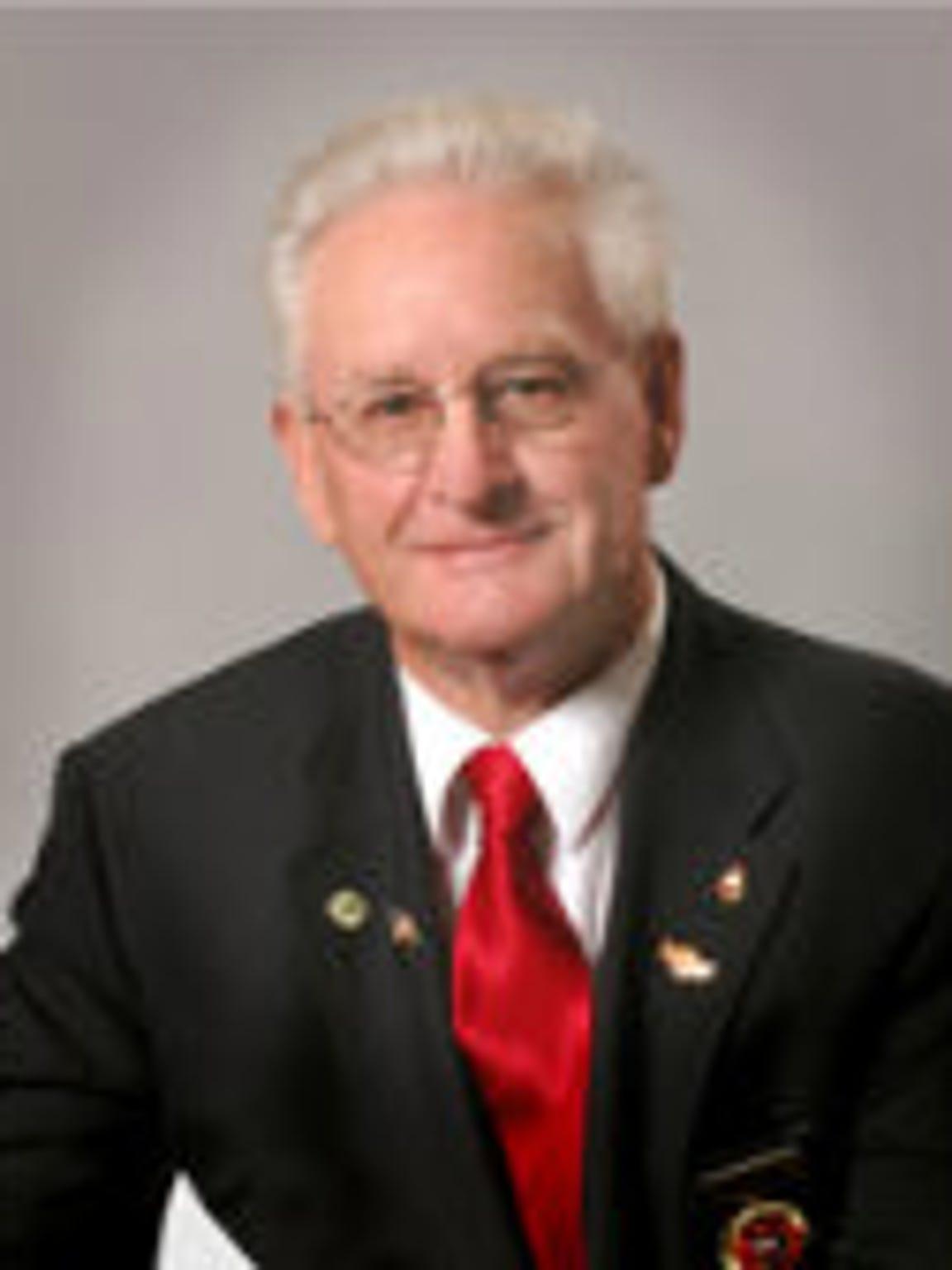 Larry Plumer