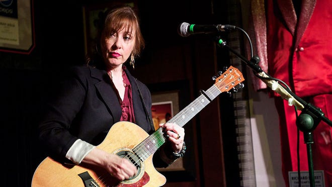 Singer-songwriter singer Suzanne Vega performs at the Levoy on April 15.