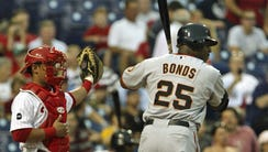 Barry Bonds is intentionally walked in a game in 2007.