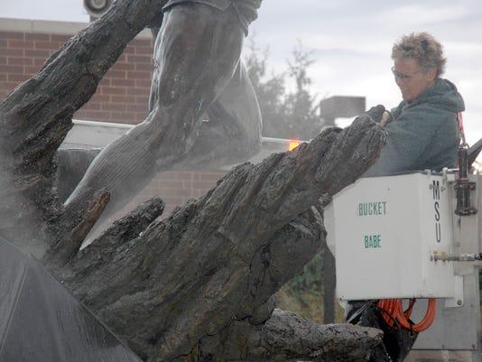 Magic Johnson statue vandalized