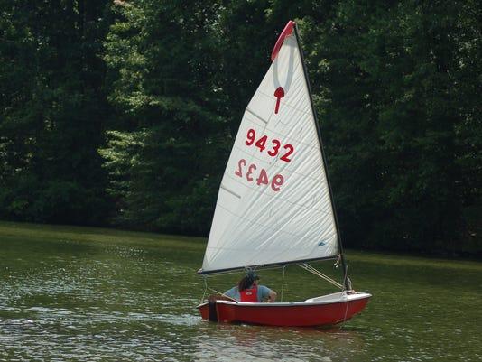 636028388259102779-LDN-DW-070316-park-sailboat.jpg