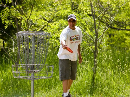 Kensington Metro Park disc golf