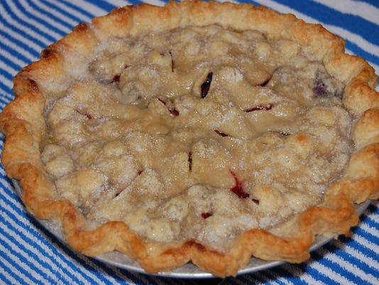 636392708440715573-Blueberry-Pie-recipe.JPG