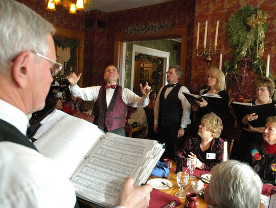 Singers perform for guests during the Old Rittenhouse