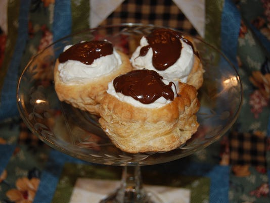 636571630143108240-Double-Chocolate-Mousse-Tarts.JPG