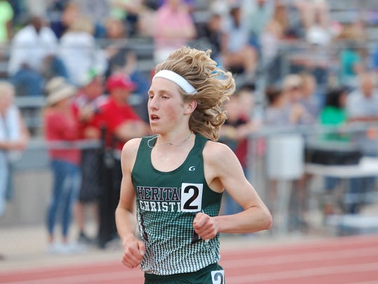 Heritage Christian's Seth Bruxvoort is seeded first in the 1A 1,600 and 3,200 and second in the 800