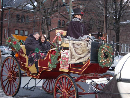 Holiday carriage rides are featured at several events happening this weekend.