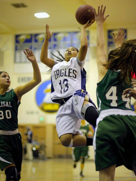 140220 tg GirlsBasketball01.jpg