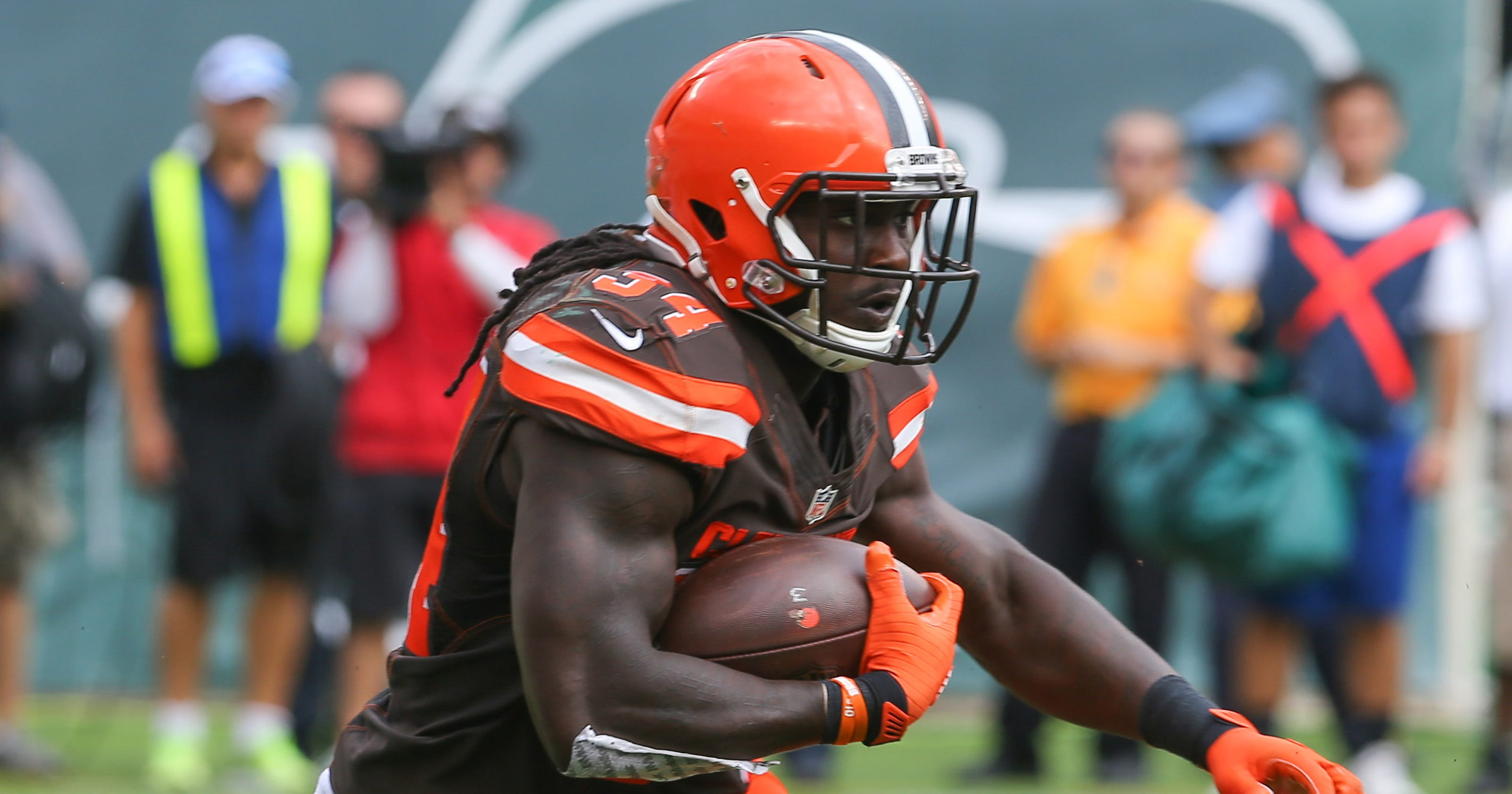 the latest 63407 375b6 Browns' Isaiah Crowell apologizes for Instagram post of ...