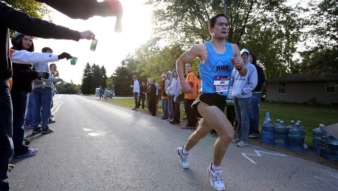 The Fox Cities Marathon could use some volunteer help.
