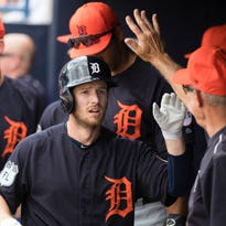 Tigers OF Alex Presley in another job battle late in spring training