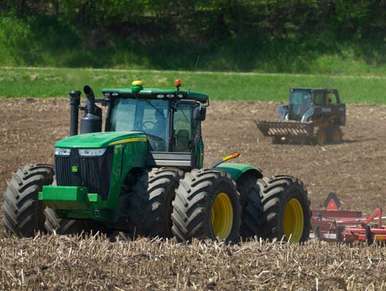 Topsoil moisture supplies were rated 0 percent very short, 6 percent short, 78 percent adequate and 16 percent surplus, according to USDA's National Agricultural Statistics Service.