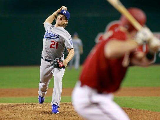 Zach Greinke de los Dodgers de los Ángeles lanzó una